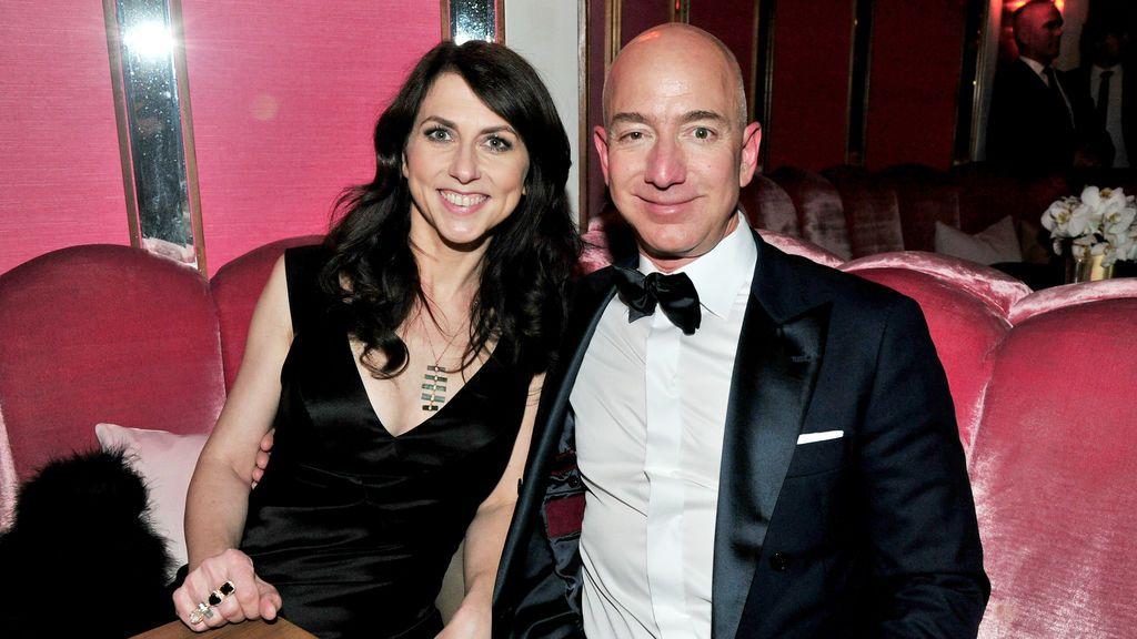 McKenzie, la exmujer del fundador de Amazon, Jeff Bezos, se casa con un profesor del colegio de sus hijos