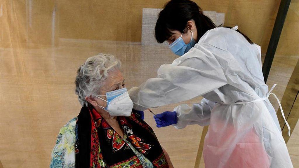 Sanidad comienza a distribuir  538.900 nuevas dosis de vacuna de  AstraZeneca