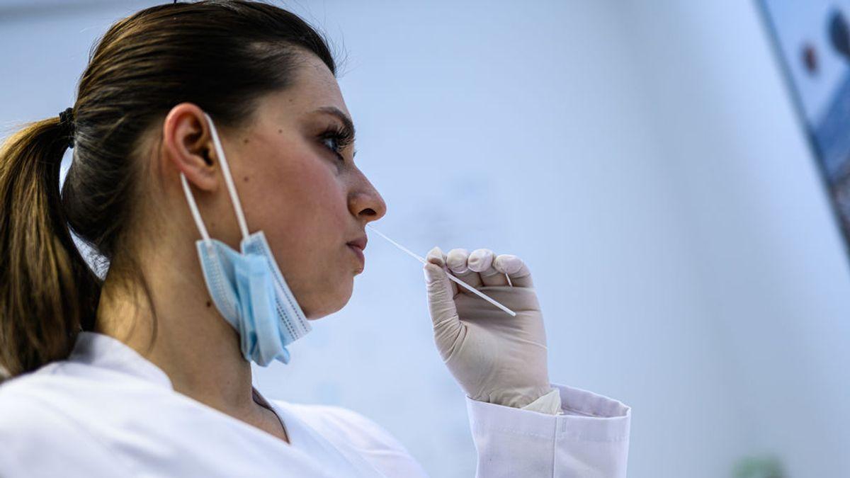 El 30% de las personas con covid persistente no tuvieron síntomas al principio de la infección