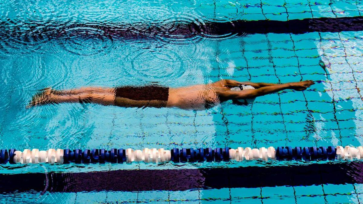 De reducir el estrés a favorecer la circulación: beneficios de la natación a partir de los 50