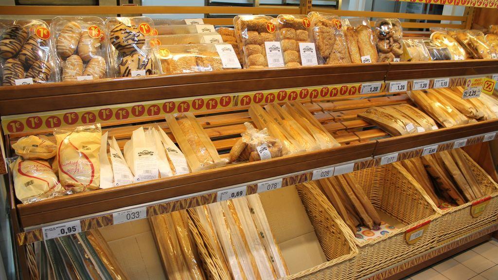 El Tribunal Supremo sentencia que calentar barras de pan congeladas no es propio de panaderías