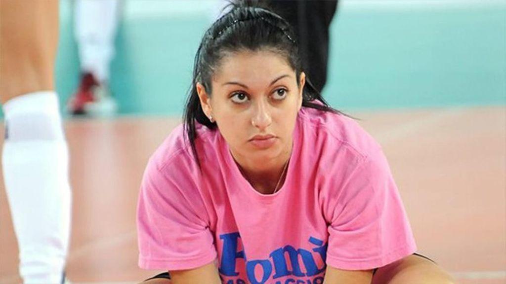 Despedida y demandada la jugadora Lara Lugli por quedarse embarazada: el último escándalo en el mundo del voleibol