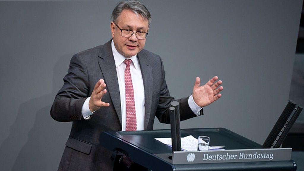Dos diputados de la CDU ponen al partido en problemas por sospechas de enriquecerse en ventas de mascarillas