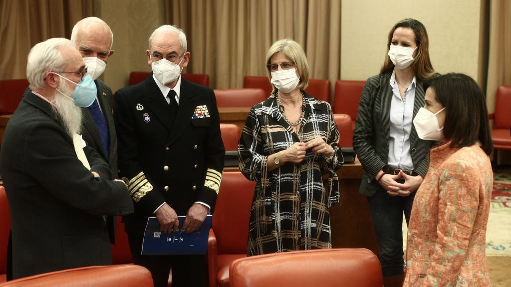 Robles desvela que el exJemad creó una orden para vacunarse a sus espaldas y sin cumplir criterios sanitarios