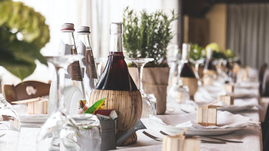 El vino perfecto para cada plato de tu boda existe: tips para elegir los que se servirán en el banquete y conquistar a todos