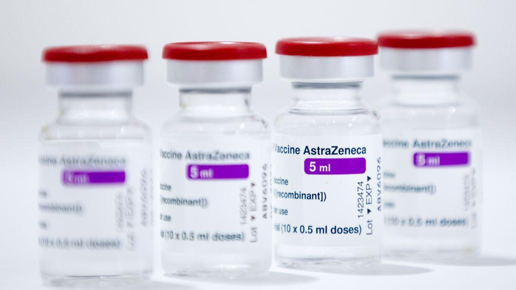 España recibió vacunas del lote de AstraZeneca investigado tras una muerte en Austria