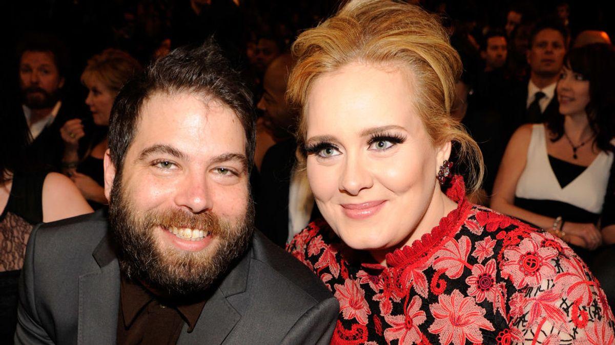 Adele llega a un acuerdo de divorcio: custodia compartida de su hijo y sin cargas de manutención