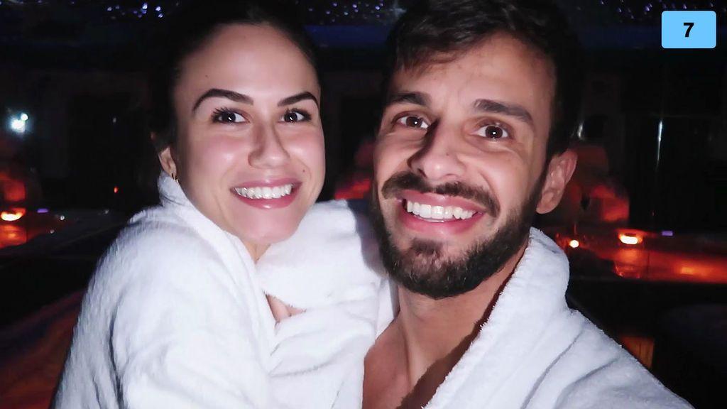 Cristian Atm se va de escapada romántica con Alba a un impresionante hotel y tiene una crisis (2/2)