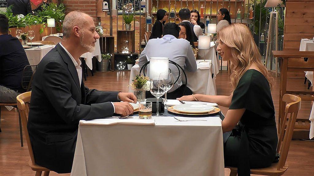 Julián y Yolanda en el programa First Dates