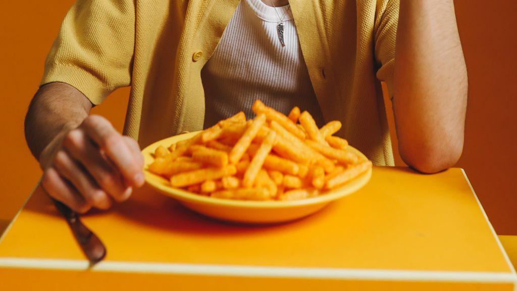Quitan la custodia a los padres de dos adolescentes británicos por los serios problemas de obesidad infantil
