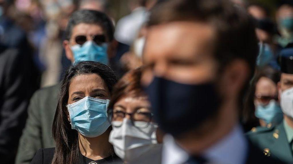 El PP espera una implosión de Ciudadanos para hacerse con el botín de sus dirigentes y de su votos en Madrid