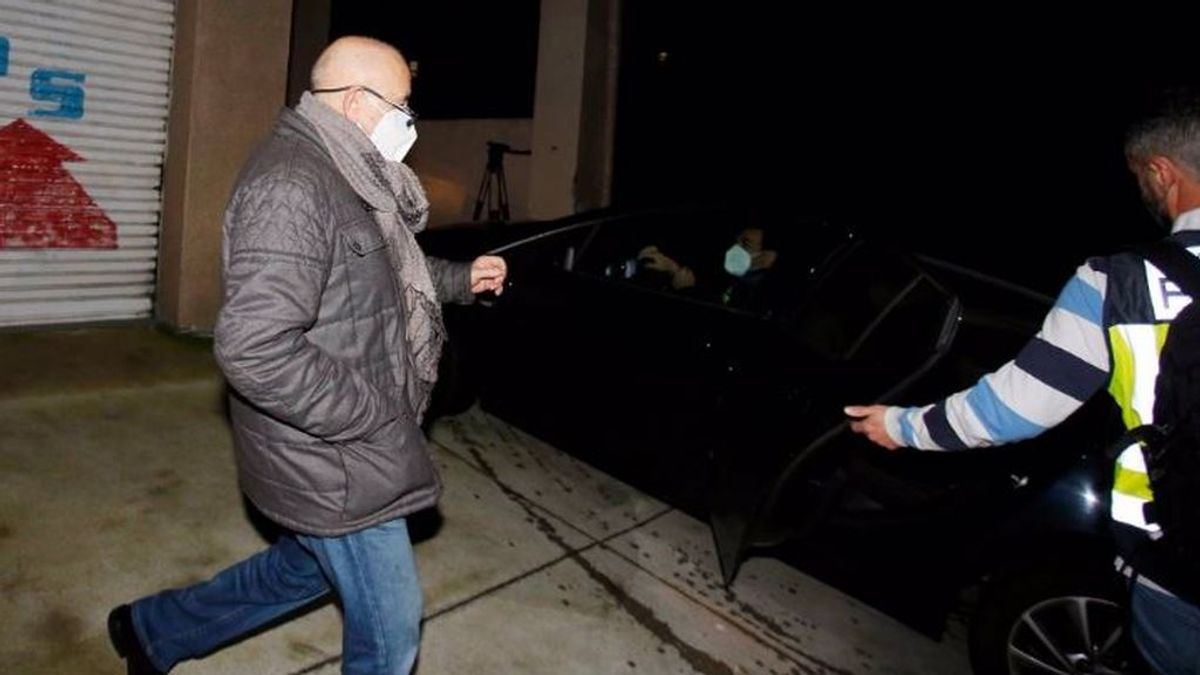 Detenidos el presidente del Colegio de Enfermería de Pontevedra, su mujer e hija, por supuesto blanqueo y falsedad