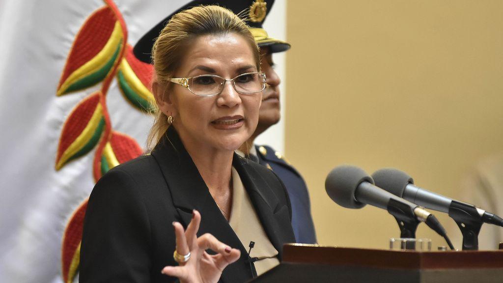 Bolivia detienen a la autoproclamada presidenta del país, Jeanine Áñez, acusada de dar un  'Golpe de Estado'