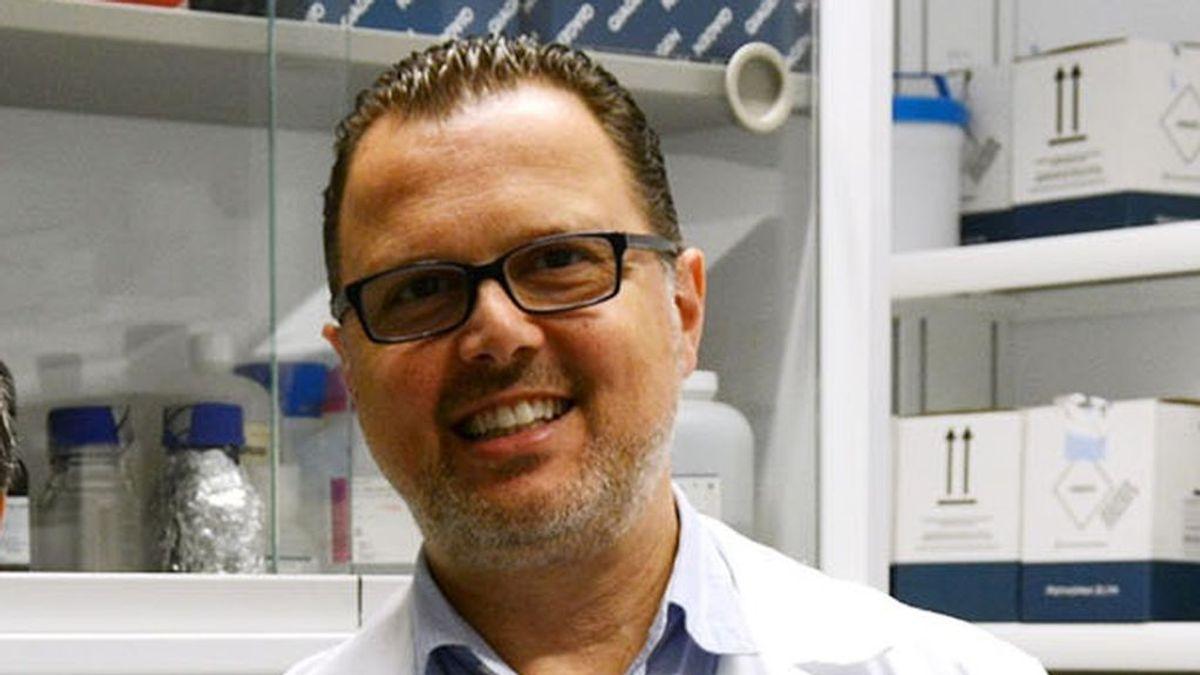 """Federico Martinón, asesor de vacunas de la OMS: """"No hay razones para parar la vacunación con AstraZeneca"""""""