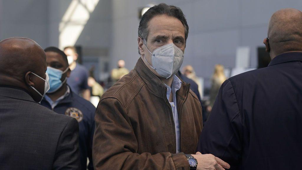 Andrew Cuomo, la caída del gobernador de Nueva York: aumenta la presión para que dimita
