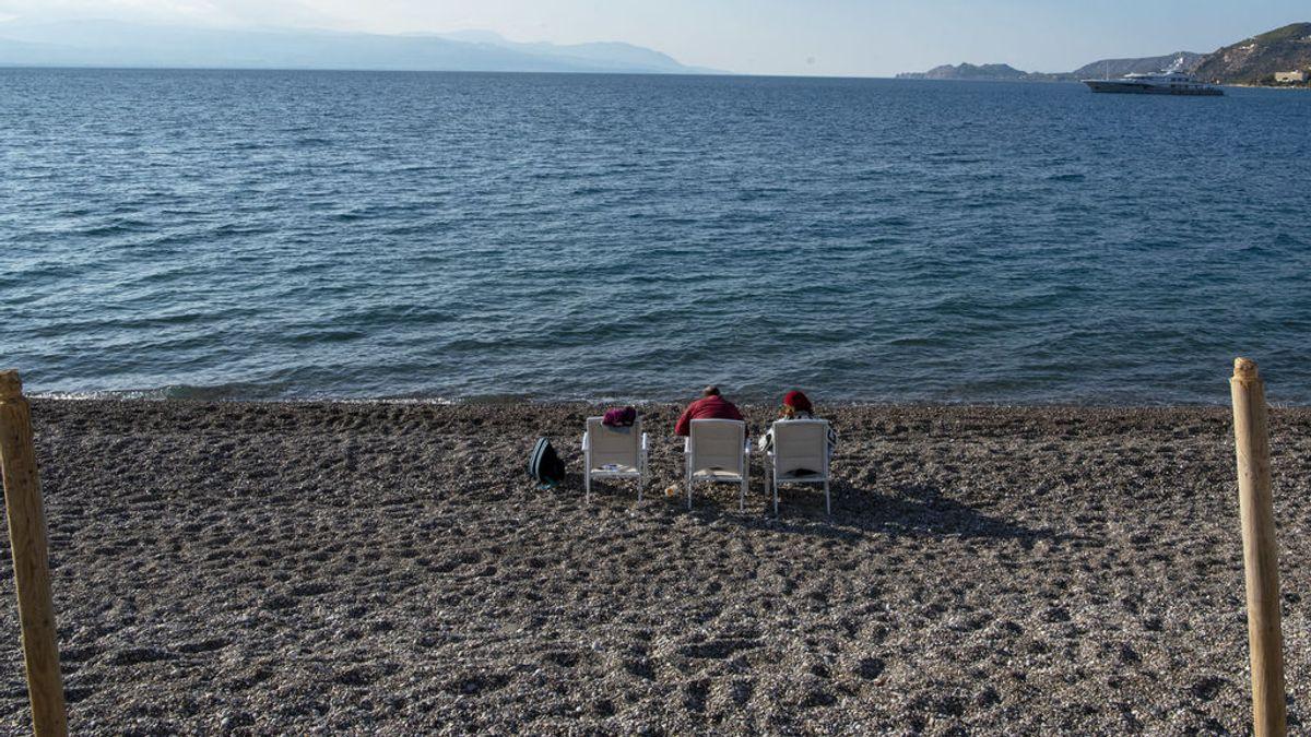 Grecia se prepara para abrirse al turismo en mayo