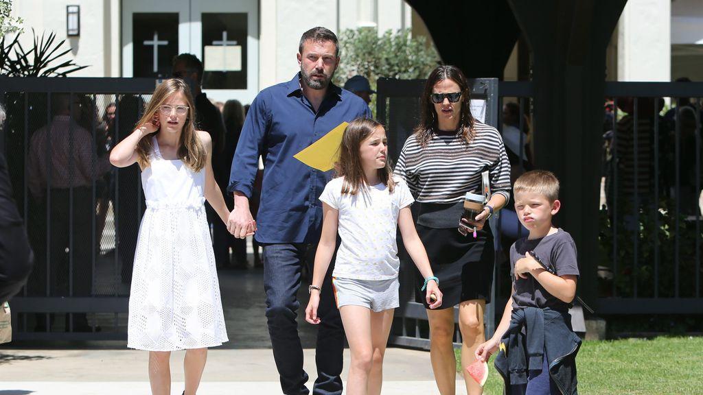 Jennifer Garner y Ben Affleck mantienen una estupenda relación por el bien de sus tres hijos.