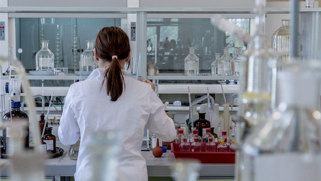 Las nuevas pruebas no invasivas que permiten detectar rápidamente el covid a través de muestras de piel