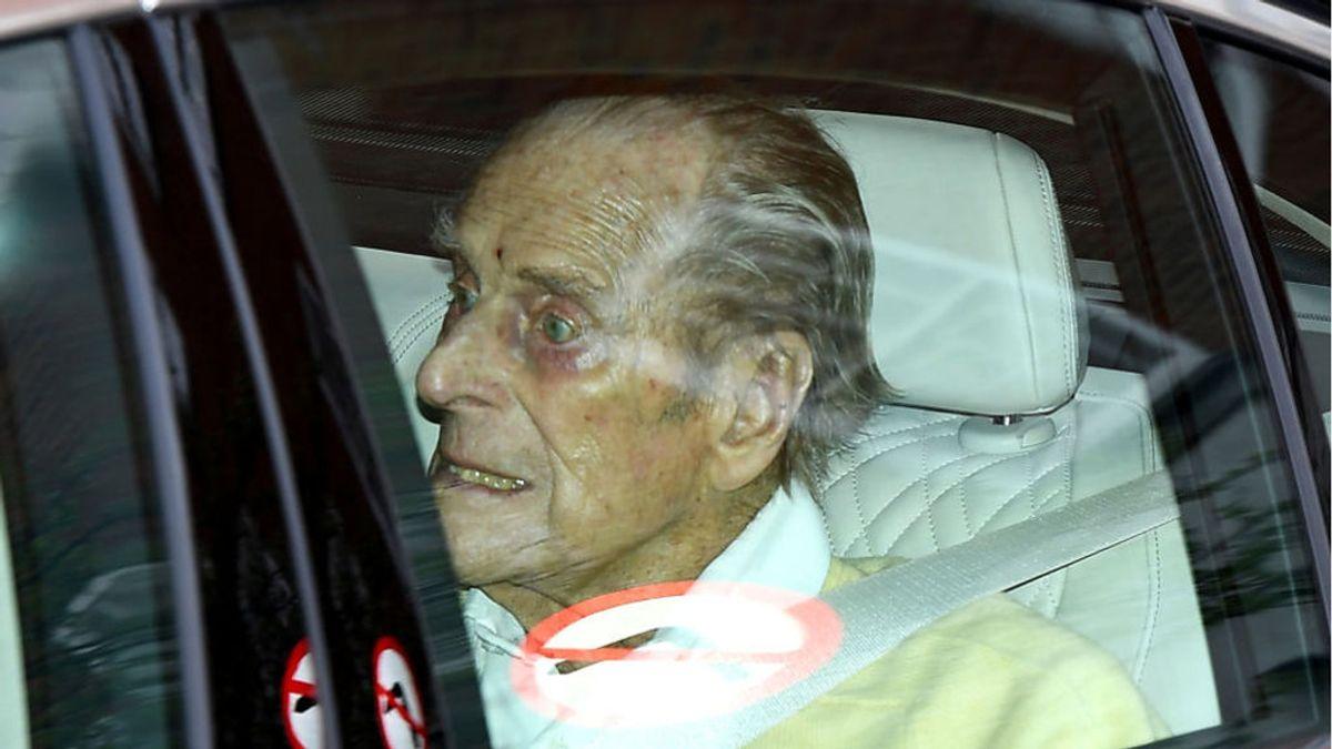 El duque de Edimburgo, de 99 años, sale del hospital tras permanecer más de un mes ingresado