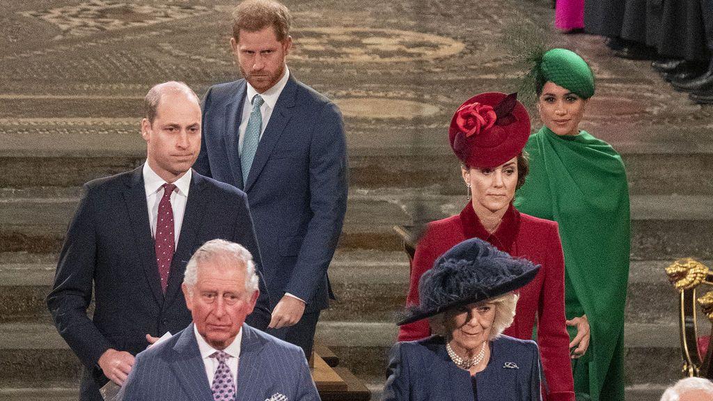 """Harry habla con su hermano Guillermo y con su padre, el príncipe Carlos, en conversaciones """"poco productivas"""""""