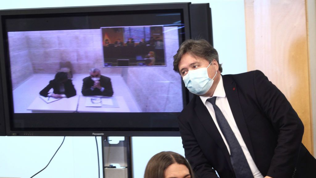 "Bárcenas ""supone"" que Rajoy ordenó montar la trama kitchen"