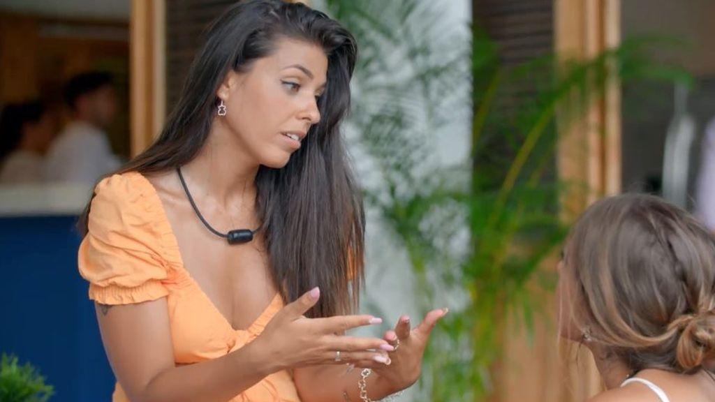 """La expulsión de Simone provoca una fuerte discusión entre Lola y Marina: """"Lo entiendo más a él que a ti"""""""