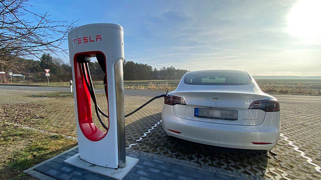 El objetivo de cero emisiones en Estados Unidos revoluciona la industria automovilística y su gravamen fiscal