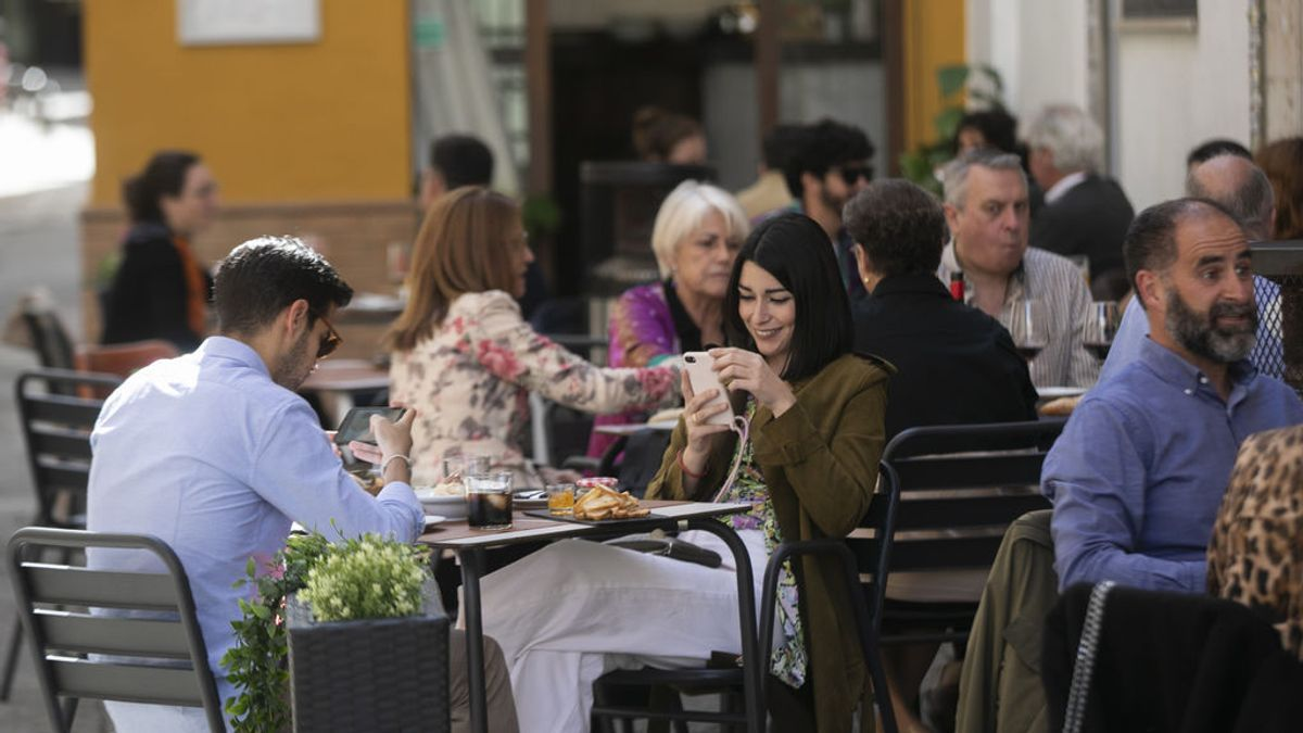 Bruselas prepara un 'sello sanitario' para bares, restaurantes y hoteles que cumplan los protocolos 'anticovid'