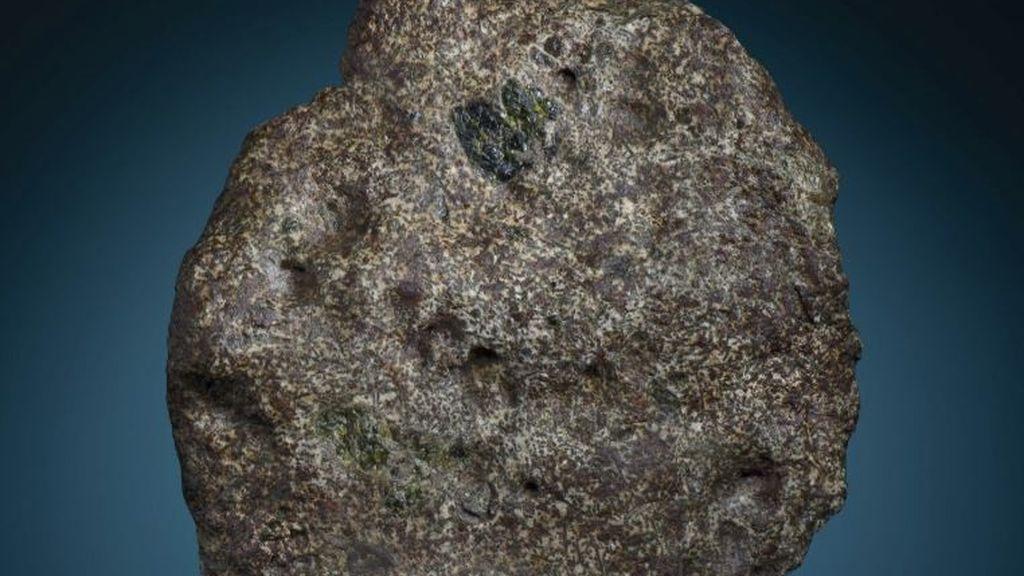 Hallazgos emocionantes sobre un meteorito más antiguo que la Tierra caído en el Sáhara en 2020