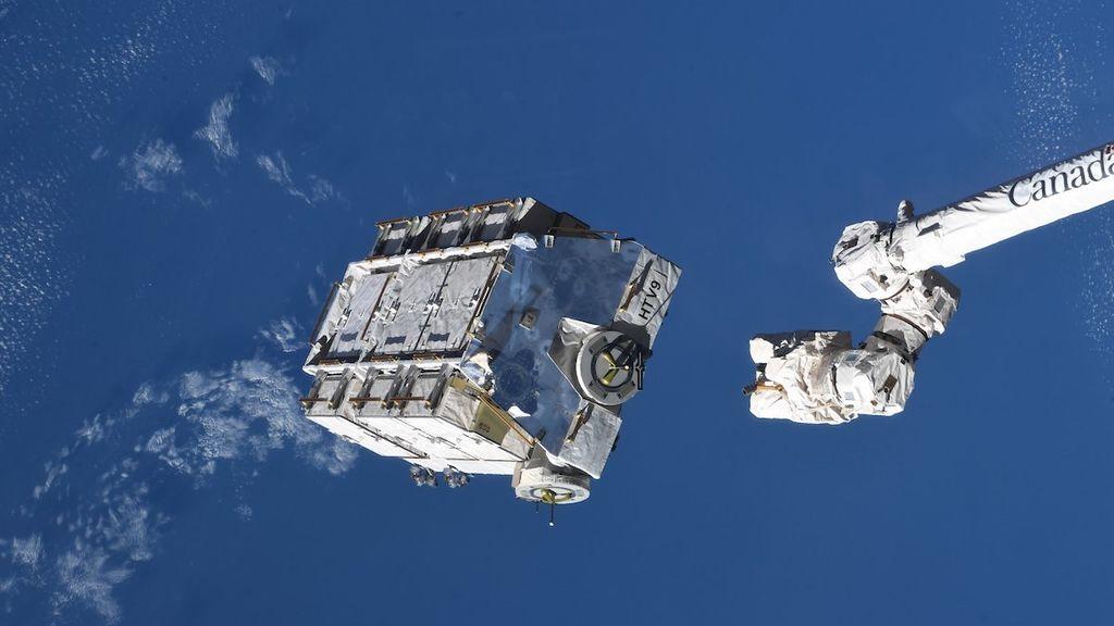 La Estación Espacial Internacional arroja casi 3 toneladas de basura al vacío que orbitará la Tierra