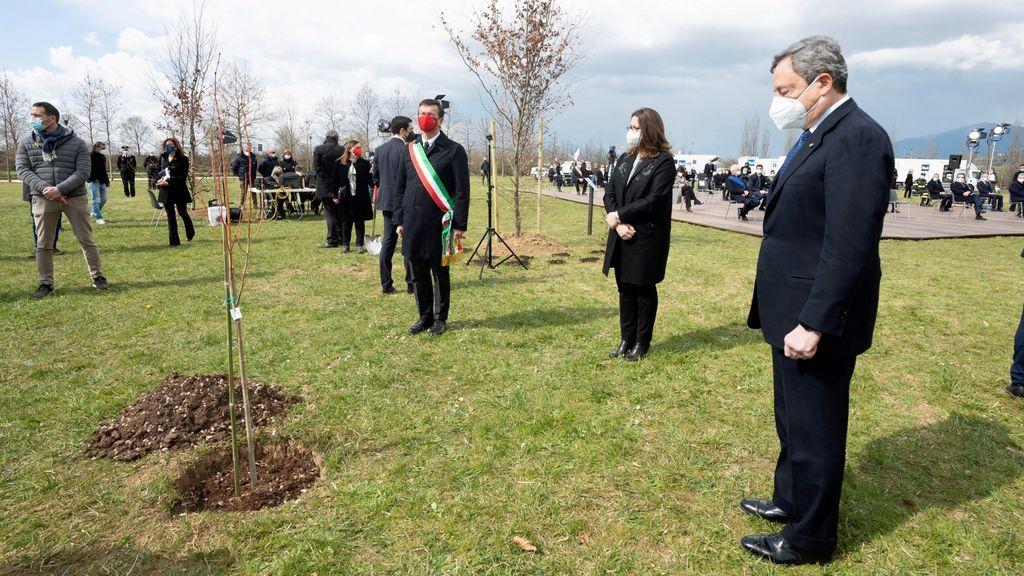 Italia recuerda a sus más de 103.000 muertos en Bérgamo, epicentro de la pandemia en Europa