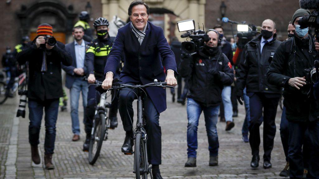 Mark Rutte confirma su cuarta victoria electoral, con el 88% de los votos escrutados