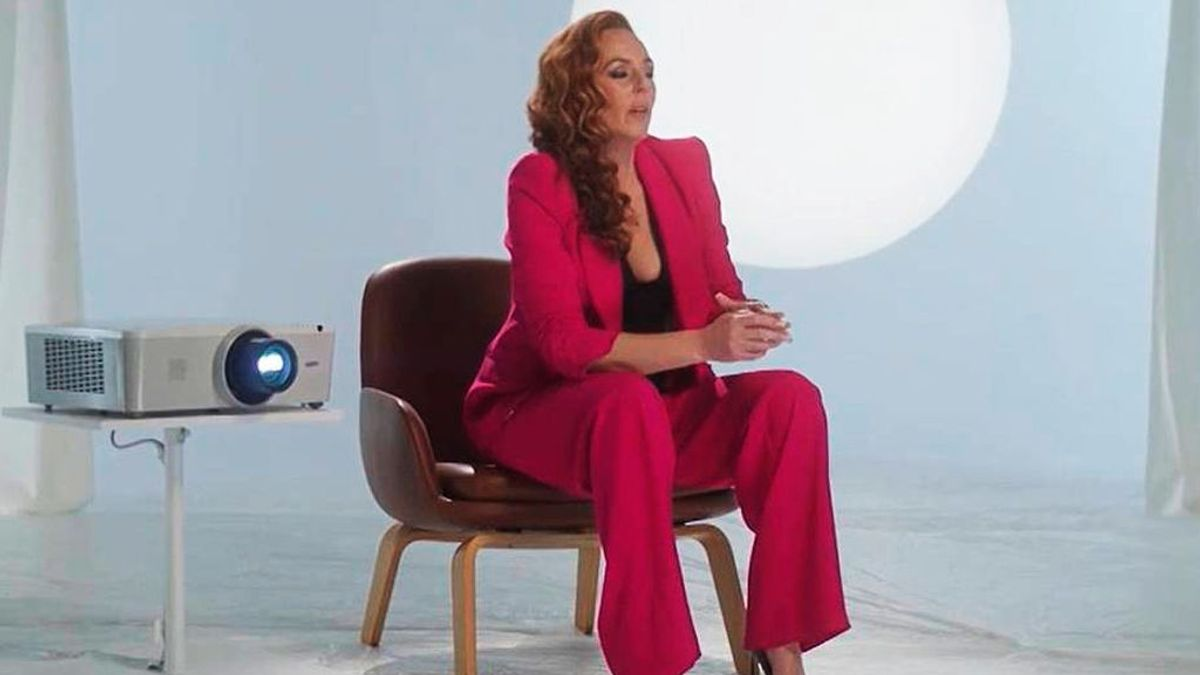 La historia detrás de la emocionante canción del especial de Rocío Carrasco