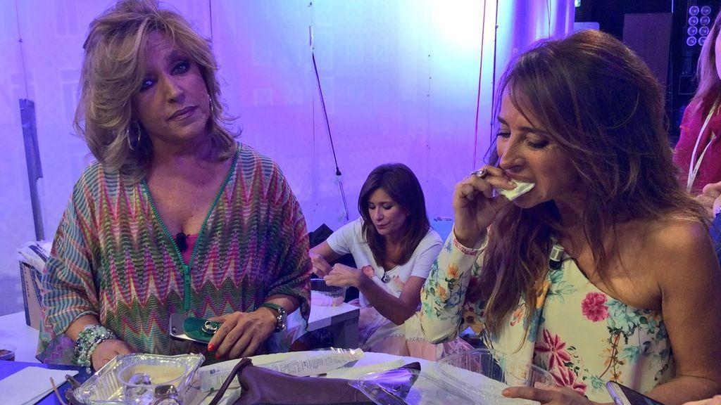 Lydia Lozano y María Patiño, merendando en 'Sálvame'