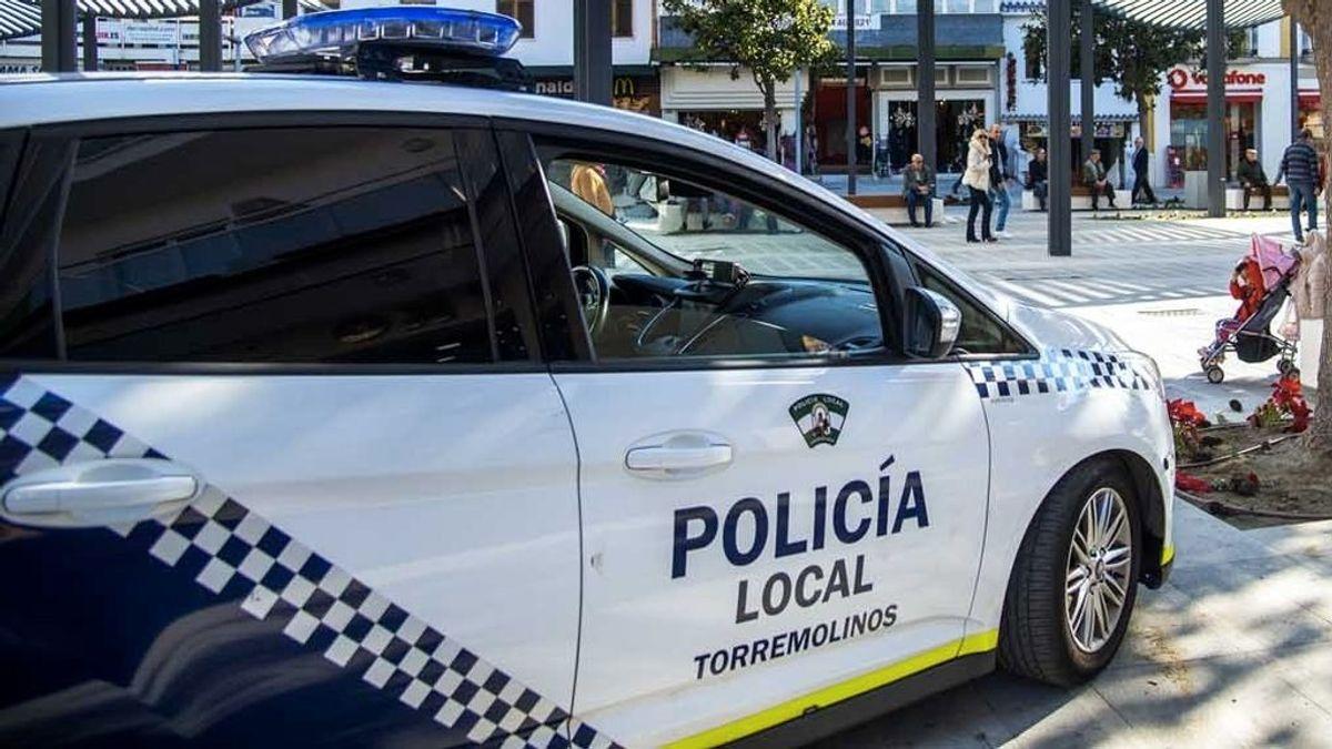Detenido por realizar fotografías a mujeres en el interior de unos baños públicos en Torremolinos