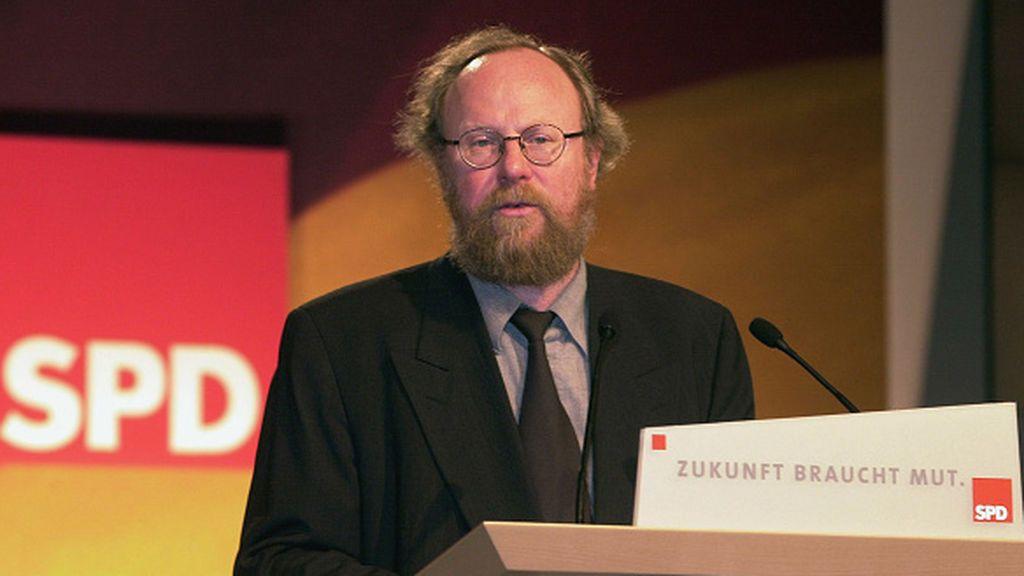 Los socialdemócratas alemanes enredan a una de sus figuras históricas con las políticas identitarias