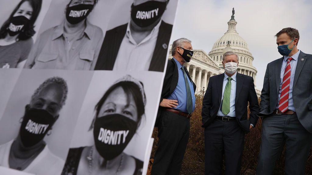 EE.UU. aprueba una proyecto de ley para regularizar la situación de dos millones de 'dreamers'