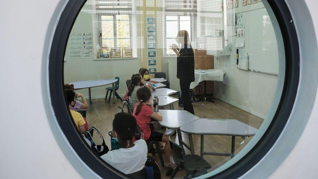 Los colegios israelíes podrán vetar al profesorado que se niegue a vacunarse