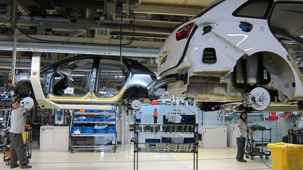 El mercado automovilístico español cerrará 2021 por debajo del millón de unidades, según Anfac