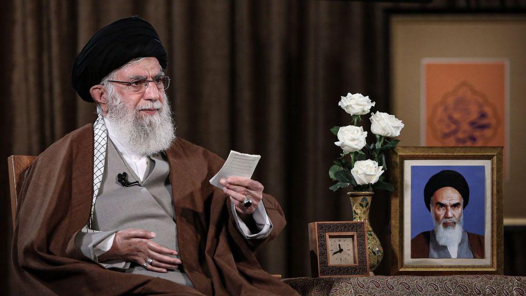 """El ayatolá Jamenei asegura que Irán no tiene """"ninguna prisa"""" por resucitar el acuerdo nuclear"""