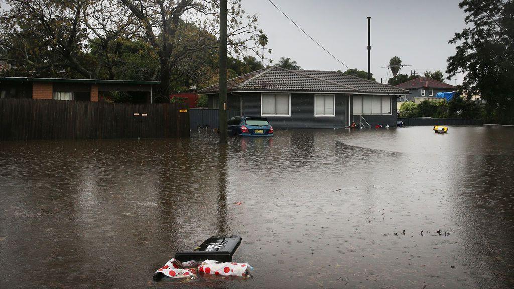 Miles de evacuados en Australia en las peores inundaciones en 50 años