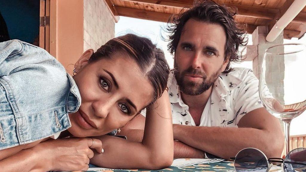 """Camila, la hija de Elena Tablada y Javier Ungría, ha crecido mucho en once meses: """"Cada día más sabrosona"""""""
