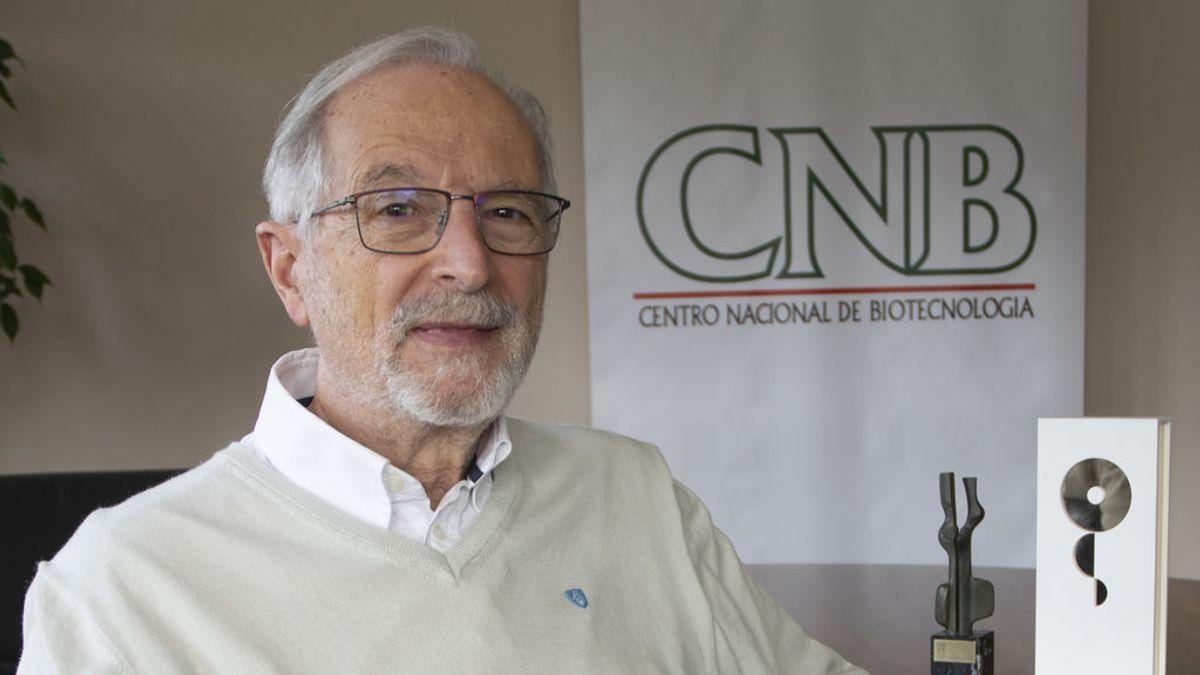 """Luis Enjuanes: """"Nuestra vacuna será muy potente, de una sola dosis y administrada por la nariz """""""