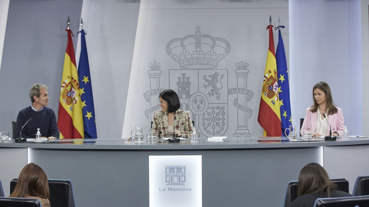 En directo: rueda de prensa de Carolina Darias y Fernando Simón