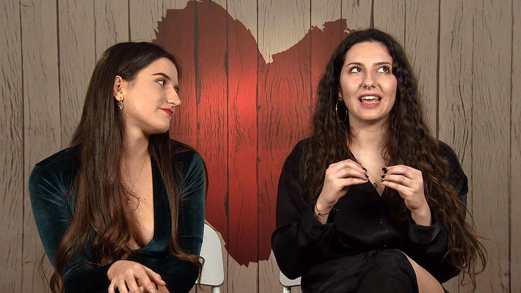 Andra y Carla en el programa 'First Dates'