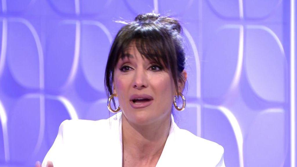 Nagores Robles no puede contener la emoción y rompe a llorar en el plató de 'Mujeres y Hombres'