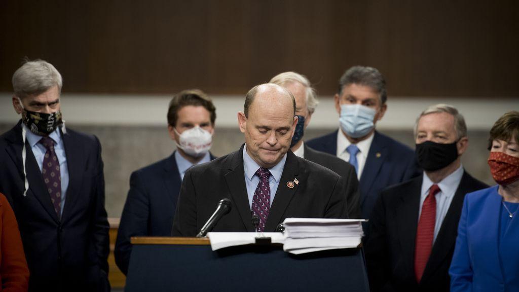 Un congresista republicano por Nueva York renuncia a la reelección tras una denuncia de acoso sexual