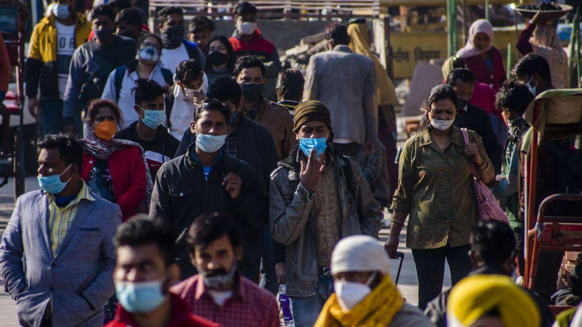 """La India detecta una nueva cepa """"doble mutante"""" del coronavirus"""