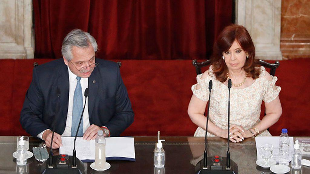 Alberto Fernandez prohibe el voto por correo en Argentina