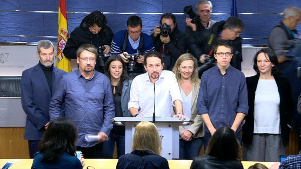 Iglesias en la rueda de prensa en la que pidió el CNI y RTVE